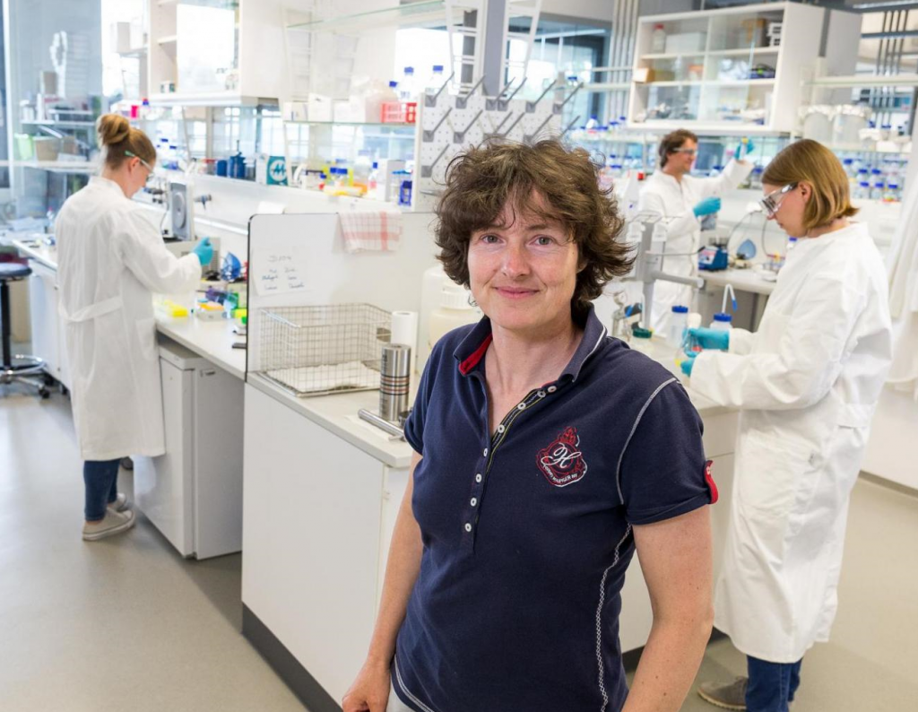 Petra Schwille in her lab